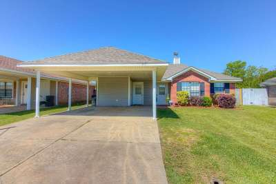 Pearl Single Family Home Contingent/Pending: 312 Green Meadow Dr