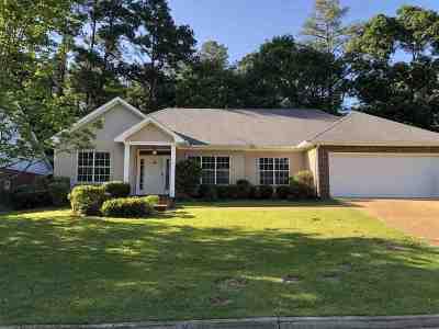 Ridgeland Single Family Home For Sale: 437 Autumn Creek Dr