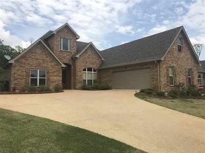 Brandon Single Family Home For Sale: 631 Prosperity Pl
