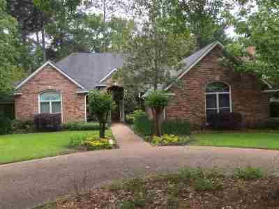 Ridgeland Single Family Home For Sale: 615 Kinsington Ct