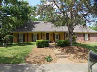 Madison County Single Family Home Contingent/Pending: 149 East Hill Dr