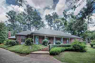 Magee Single Family Home For Sale: 521 NW Kennedy Dr