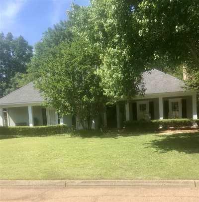 Ridgeland Single Family Home Contingent/Pending: 323 Arlington Cir
