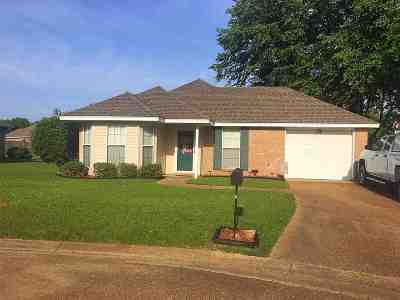 Hinds County Single Family Home Contingent/Pending: 77 Tyler Cv
