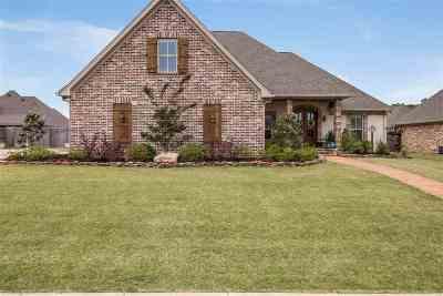 Brandon Single Family Home For Sale: 822 Osagian Cir.