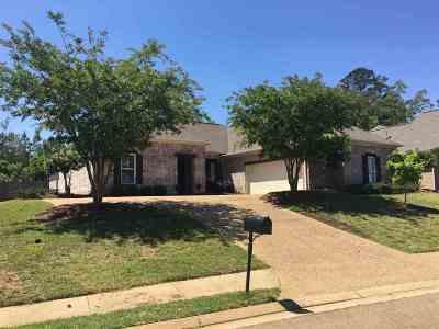 Brandon Single Family Home For Sale: 281 Cornerstone Dr