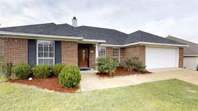 Single Family Home For Sale: 473 Magnolia Pl