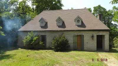 Madison County Single Family Home Contingent/Pending: 121 Perry Williams Rd