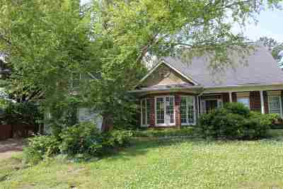Madison County Single Family Home For Sale: 321 Semoia Ln