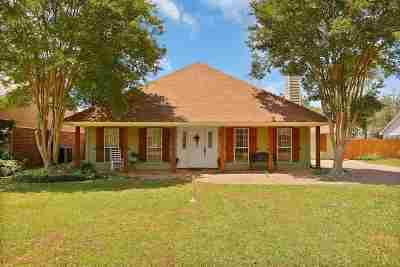 Flowood Single Family Home Contingent/Pending: 4016 Bay Bridge