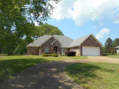 Canton Single Family Home For Sale: 716 Oak Trl