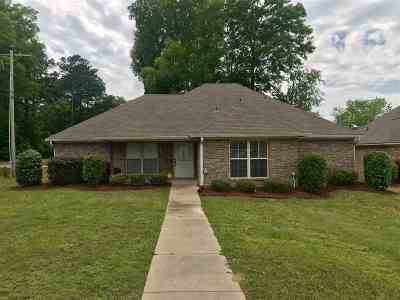 Pearl Single Family Home For Sale: 101 Whispering Oaks Xing