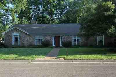 Jackson Single Family Home For Sale: 1055 Briarwood Dr