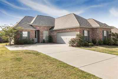 Madison County Single Family Home Contingent/Pending: 175 Rhodes Ln