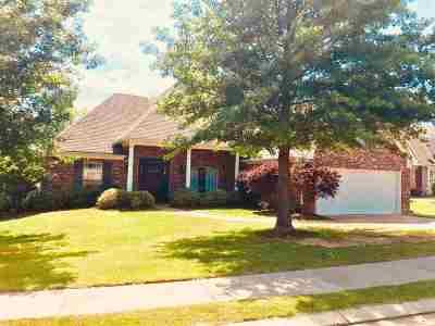 Brandon Single Family Home For Sale: 539 Eastside Cv