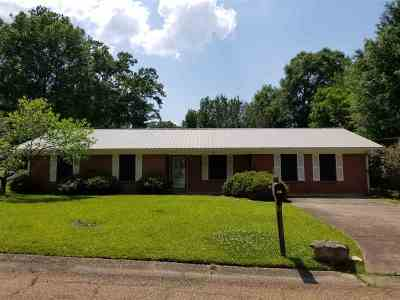 Pearl Single Family Home Contingent/Pending: 421 Terri Ln
