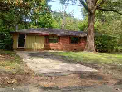 Hinds County Single Family Home For Sale: 2375 Glenn St