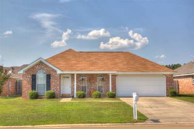 Pearl Single Family Home Contingent/Pending: 311 Cedar Grove Ln