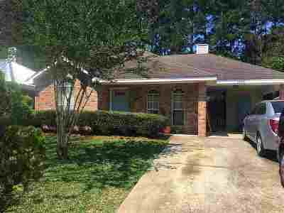 Richland Single Family Home Contingent/Pending: 1543 Chelsea Ln