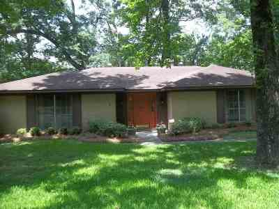 Jackson Single Family Home For Sale: 804 Timberlain Dr