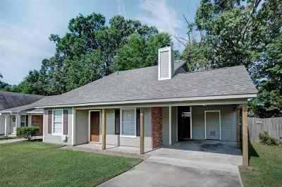 Brandon Single Family Home For Sale: 357 Audubon Cir