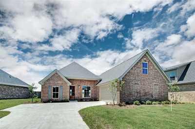 Flowood Single Family Home For Sale: 404 Duke Ct