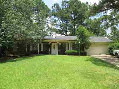 Ridgeland Single Family Home For Sale: 506 W Pine Needle Ct