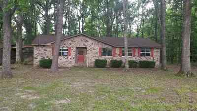 Clinton Single Family Home Contingent/Pending: 120 Stafford Dr
