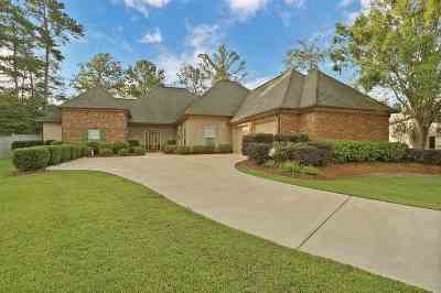 Brandon Single Family Home Contingent/Pending: 150 W Legacy Dr