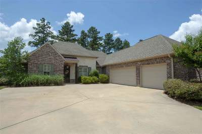 Madison Single Family Home For Sale: 111 Grayhawk Cv