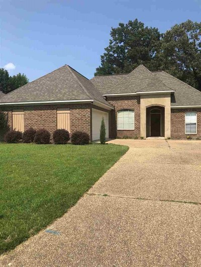 Byram Single Family Home Contingent/Pending: 610 Oakview Way