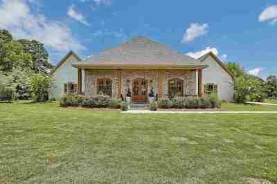 Brandon Single Family Home For Sale: 101 Bonne' Vie Dr