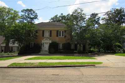 Jackson Single Family Home For Sale: 1327 Peachtree St