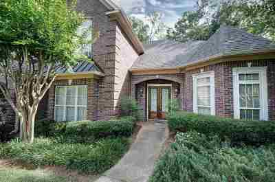Pearl Single Family Home For Sale: 664 Spring Lake Dr