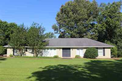 Canton Single Family Home Contingent/Pending: 114 Country Club Dr