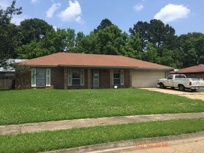 Clinton Single Family Home For Sale: 1625 Melrose Pl