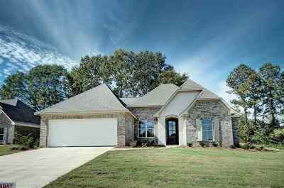 Canton Single Family Home Contingent/Pending: 142 Sweetbriar Cir