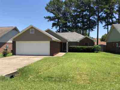 Byram Single Family Home Contingent/Pending: 8004 Lakeview Blvd