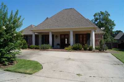 Madison Single Family Home For Sale: 368 St. Ives Dr