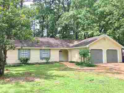 Brandon Single Family Home Contingent/Pending: 414 Shenandoah Rd