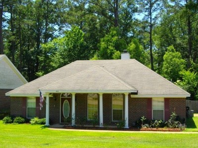 Pearl Rental For Rent: 103 Live Oaks Blvd