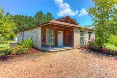 Brandon Single Family Home Contingent/Pending: 102 John Hill Rd