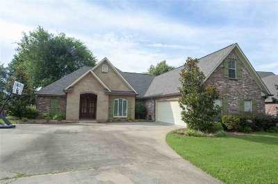 Canton Single Family Home For Sale: 114 Bear Creek Cir