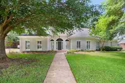 Brandon Single Family Home For Sale: 110 Northwind Dr
