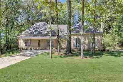 Madison Single Family Home For Sale: 103 Eagle Cv