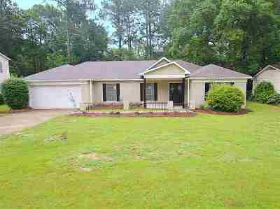 Hinds County Single Family Home For Sale: 1627 Riverwood Dr