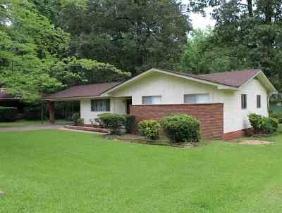 Hinds County Single Family Home For Sale: 2044 Camellia Ln