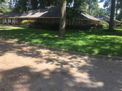 Jackson Single Family Home For Sale: 976 Metairie Rd
