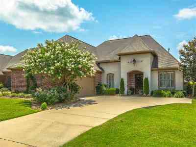 Madison Single Family Home For Sale: 107 Belle Ct