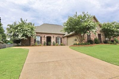 Brandon Single Family Home For Sale: 113 Turtle Ridge Dr